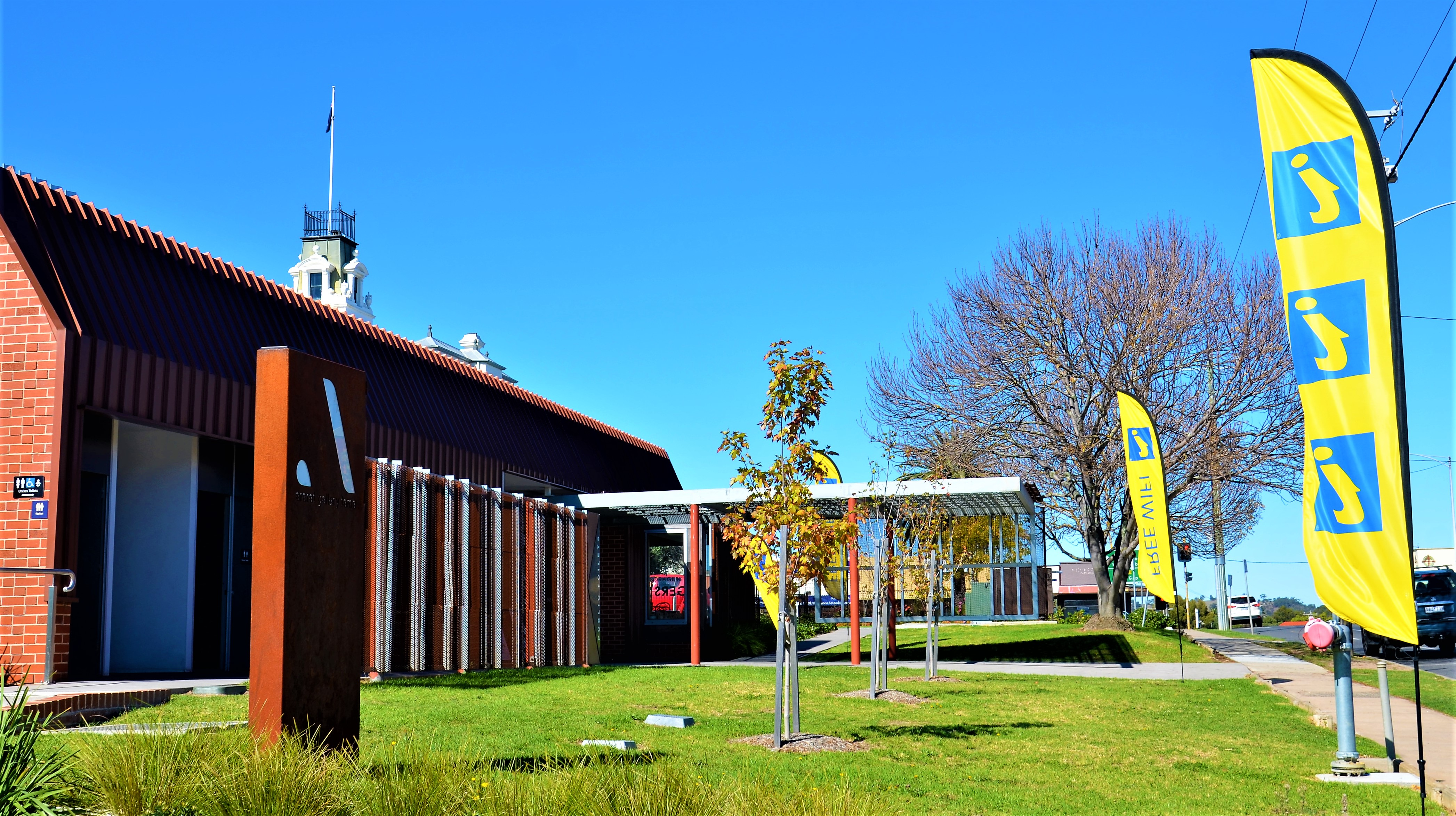 Visitor Information Centre - NOW OPEN