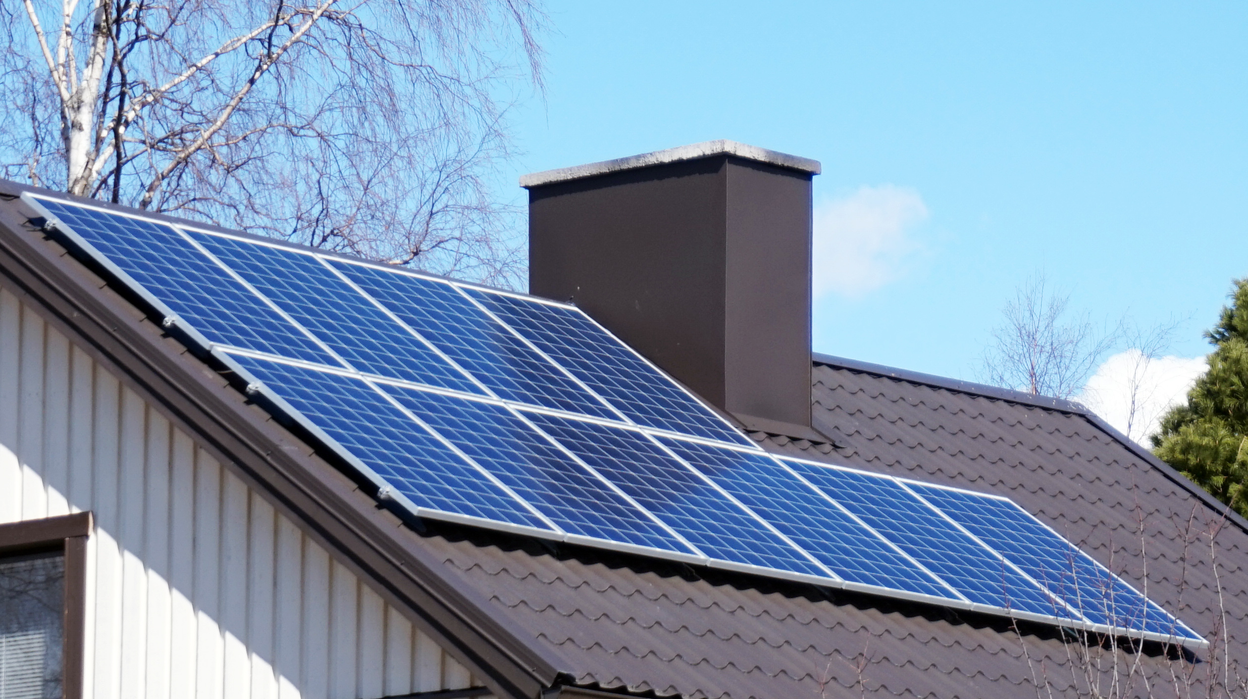 Council solar scheme to help pensioners go solar and cut power bills